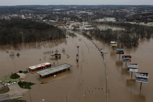 30-mississippi-flooding-3.w529.h352.jpg