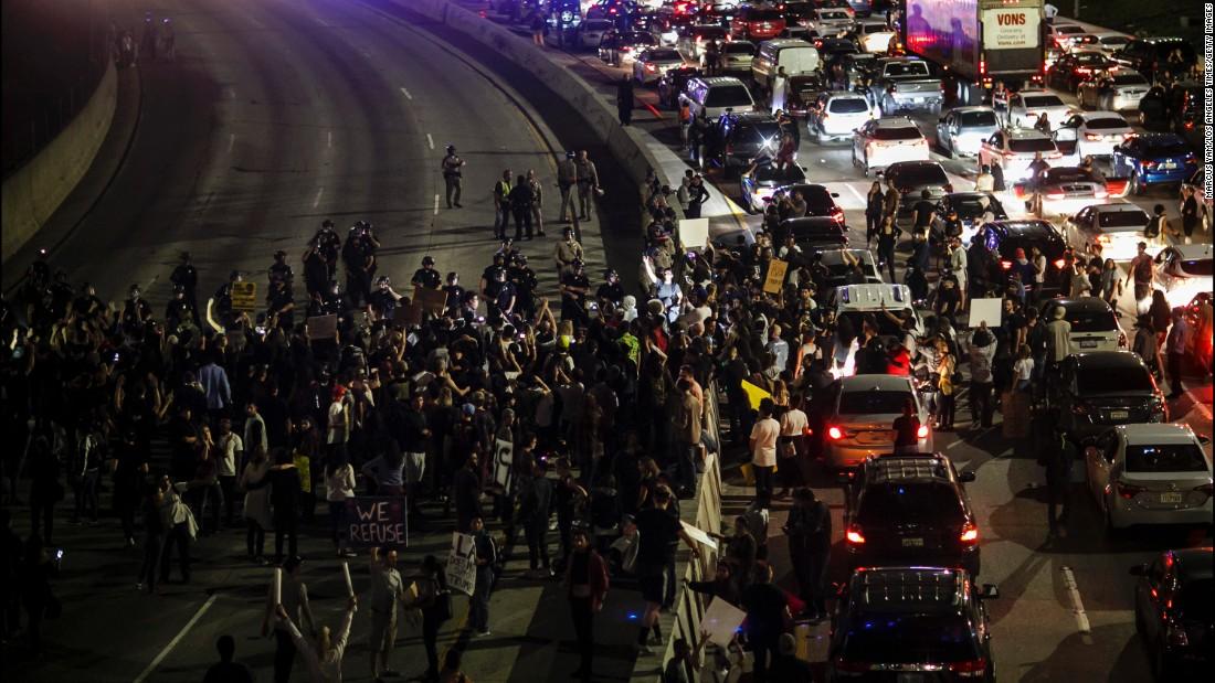 PortlandRiots1.jpg