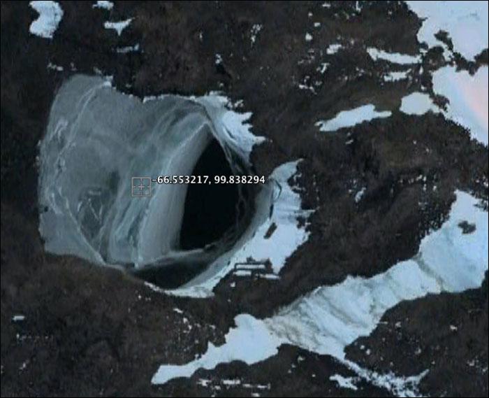 antarctic-base.jpg