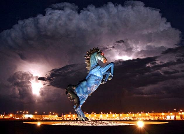 Aeroporto Denver Cavallo : Doomsday underground command centers us builds